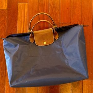 Longchamp Navy duffle bag